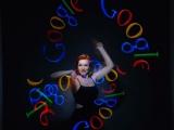 Jonglage lumineux - Sabine James