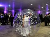 Danse dans une bulle