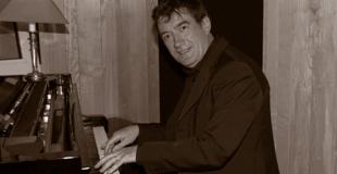 Piano jazz sur le thème de Noël pour une exposition (92)
