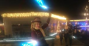 Jonglage lumineux extérieur pour l'inauguration d'un centre commercial (78)
